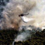 Φωτιά στην Κορινθία: Συνεχίζεται για τρίτη μέρα η «μάχη» με τις φλόγες