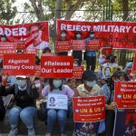 Καθημερινές διαδηλώσεις κατά της Χούντας στη Μιανμάρ (video)
